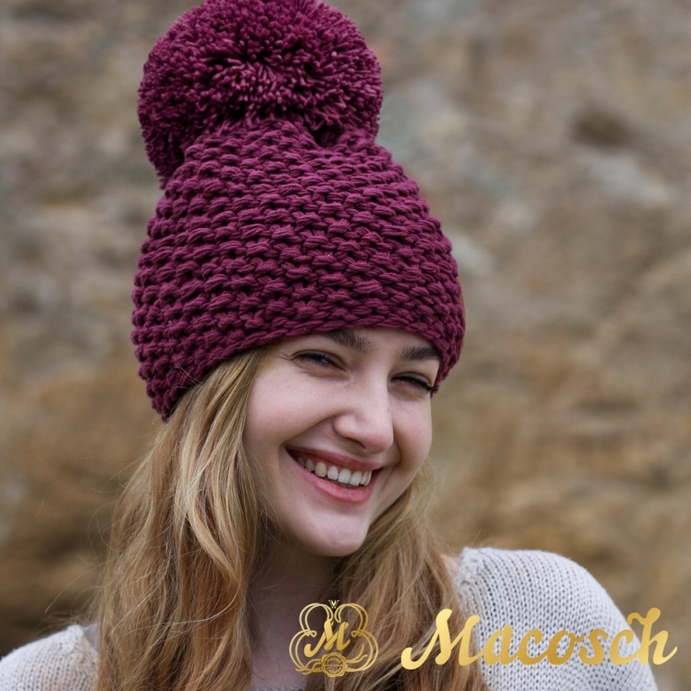 Cotton purple beanie with pom pom