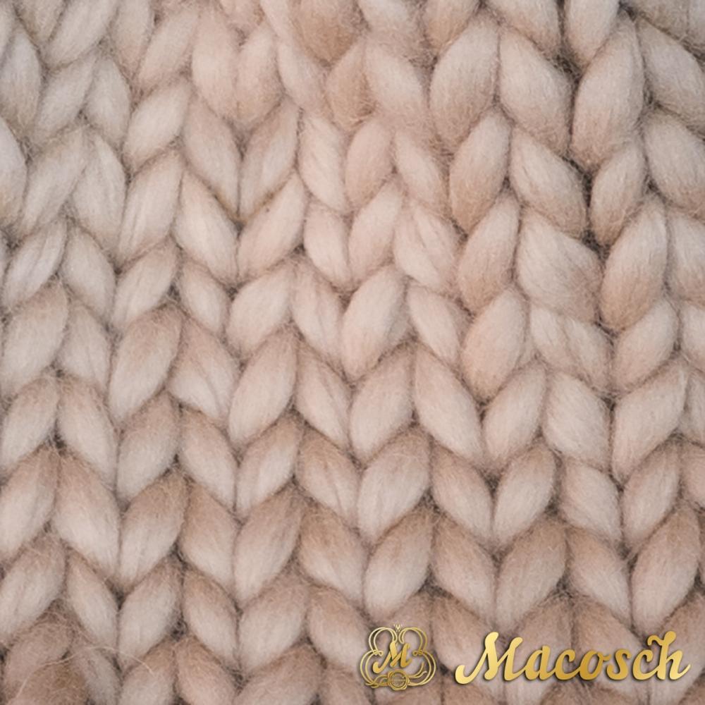 Pom pom beanie hat - big knit yarn 100% merino wool