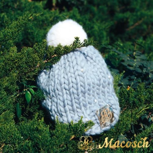 Pom pom gray hat with white pearls, merino wool 100% big loop