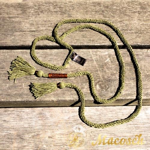 Cinturón con pompones