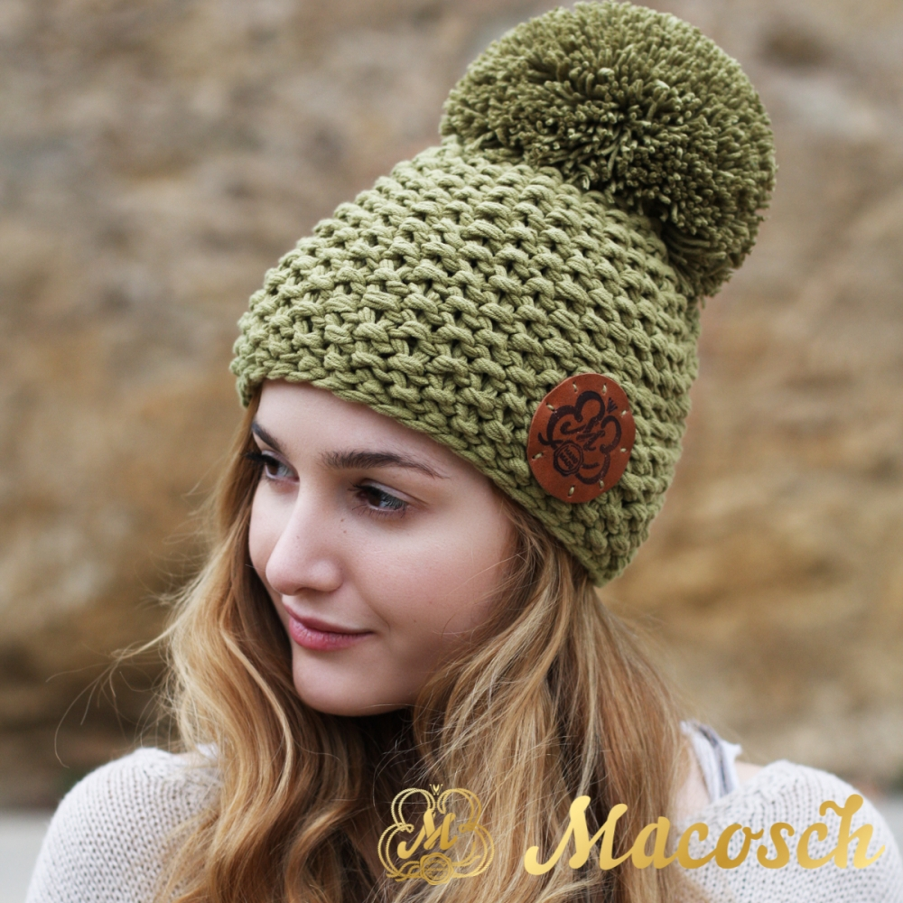 Cotton olive beanie with pom pom
