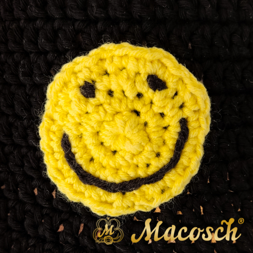 Knitted summer hat with smiley, black