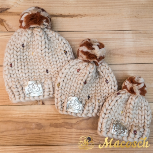 Kit for mama and child, pom-poms beige hats with multicolours beads, 100% merino wool bulky knit