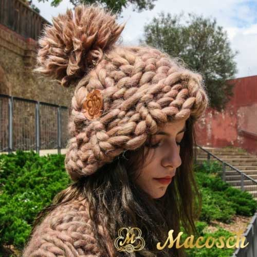 XXL oversized pom pom beanie hat - big knit yarn wool