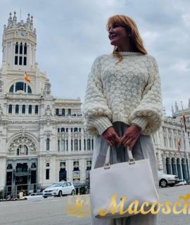 Sweater CASHMIRETTE. Bubble knit sweater of virgen merino wool & cashmere